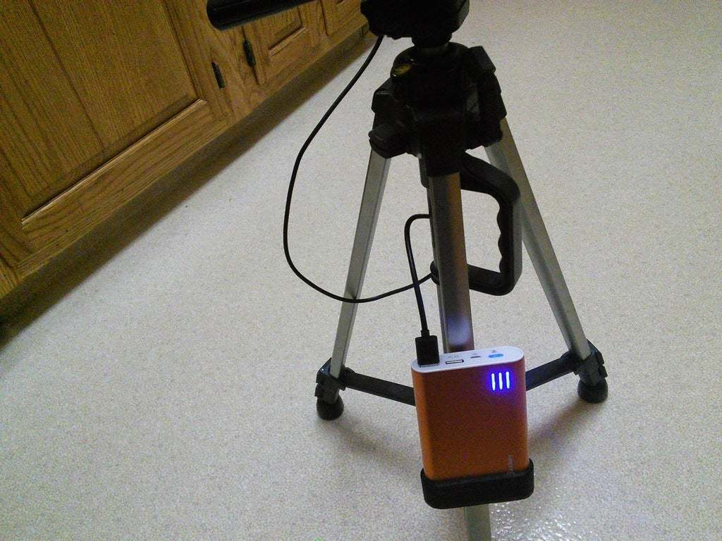 IMG_20150422_000853.jpg Download free STL file Snap on Battery Holster • 3D printing design, Bakefy