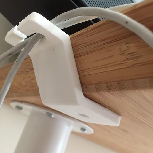 IMG_1596.JPG Télécharger fichier STL gratuit IKEA HILVER porte-câbles pour table/bureau • Plan imprimable en 3D, Bandido