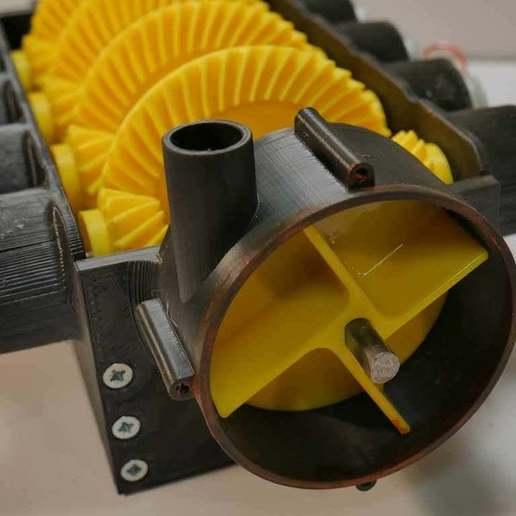 thing2_1.jpg Télécharger fichier STL gratuit Pompe à eau pour boîte de vitesses V8 • Objet pour imprimante 3D, LetsPrintYT