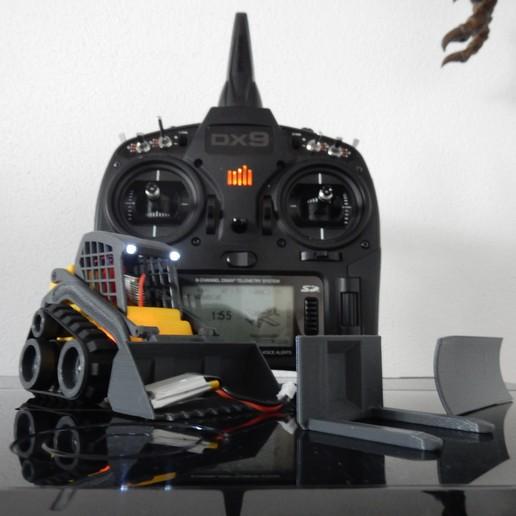 Download free 3D printer model Mini Track Loader RC - Version 1 Million and 1 - Spektrum, stefan80h