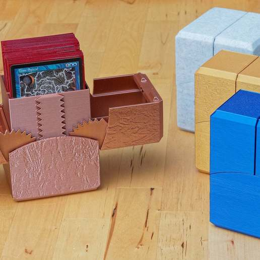 Download 3D printing templates Geared Commander (100 card) deck box with magnetic latch, CartesianCreationsAU
