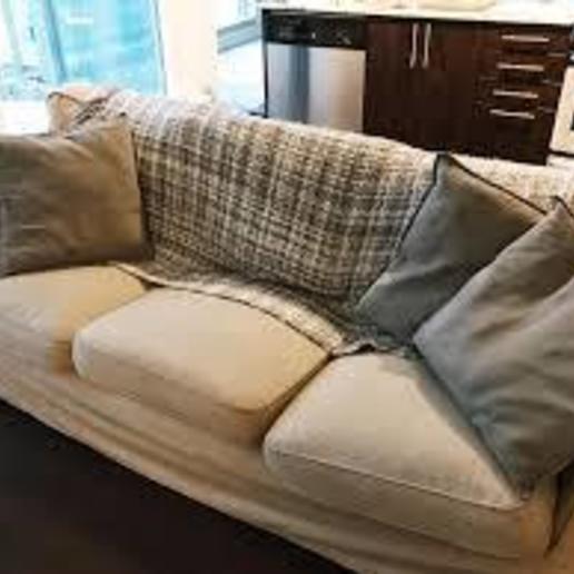 Descargar modelos 3D gratis Juego de sofá completo + persona modelada completamente en Tinkercad, coolmodels