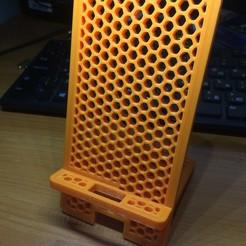 Descargar Modelos 3D para imprimir gratis Soporte de teléfono, DrSmyrke