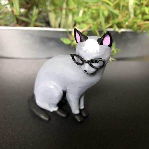 IMG_5724.jpg Download free STL file Realistic Raymond Cat - Animal Crossing • 3D printing object, skelei