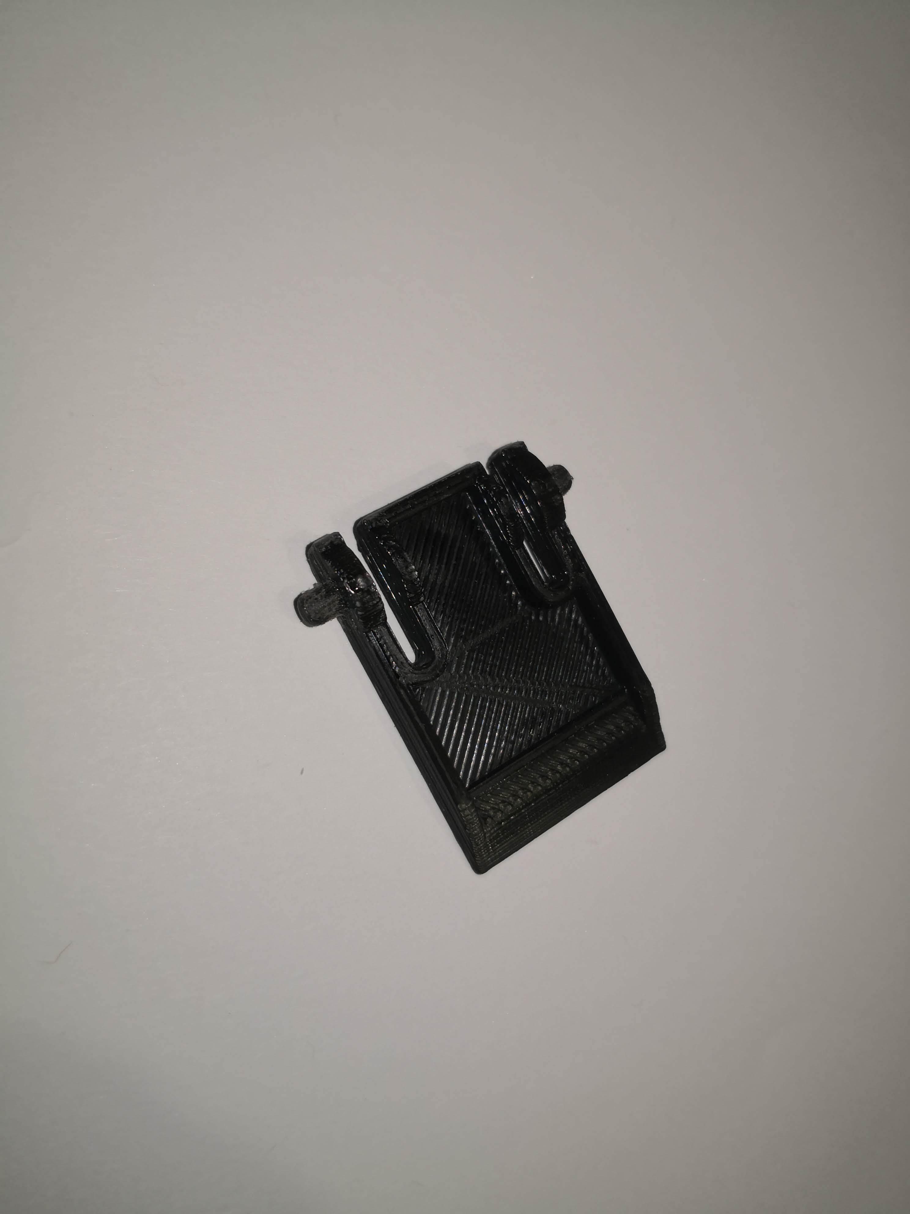 IMG_20200323_190347.jpg Download free STL file Keyboard stand Roccat Isku • 3D printing design, Icedragon