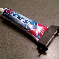 Télécharger modèle 3D gratuit Rouleau de dentifrice, MustardKhunt