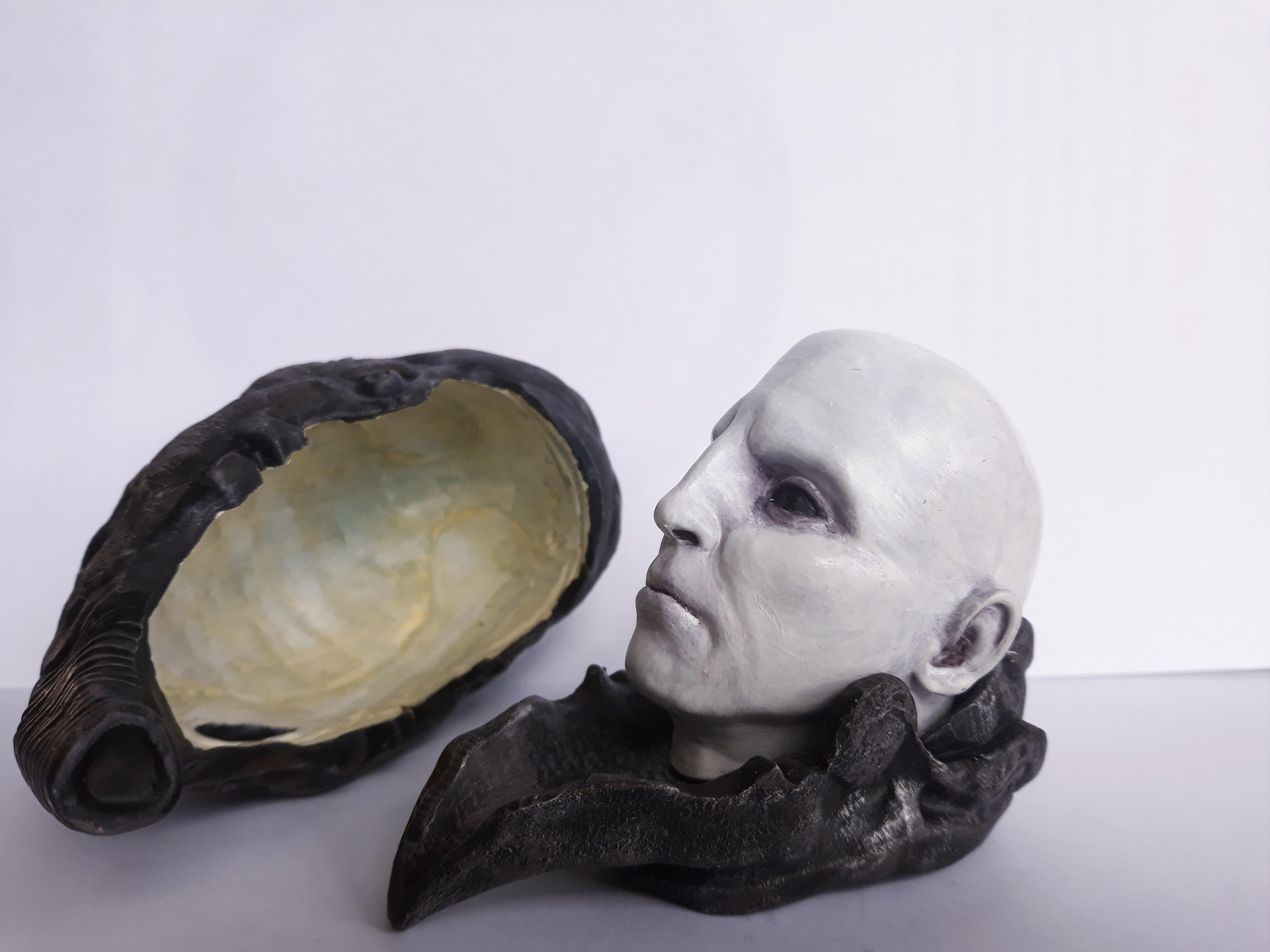 head profile (1).jpg Download STL file Prometheus Engineer head with Space Jockey Helmet • 3D printer template, CyrylXI