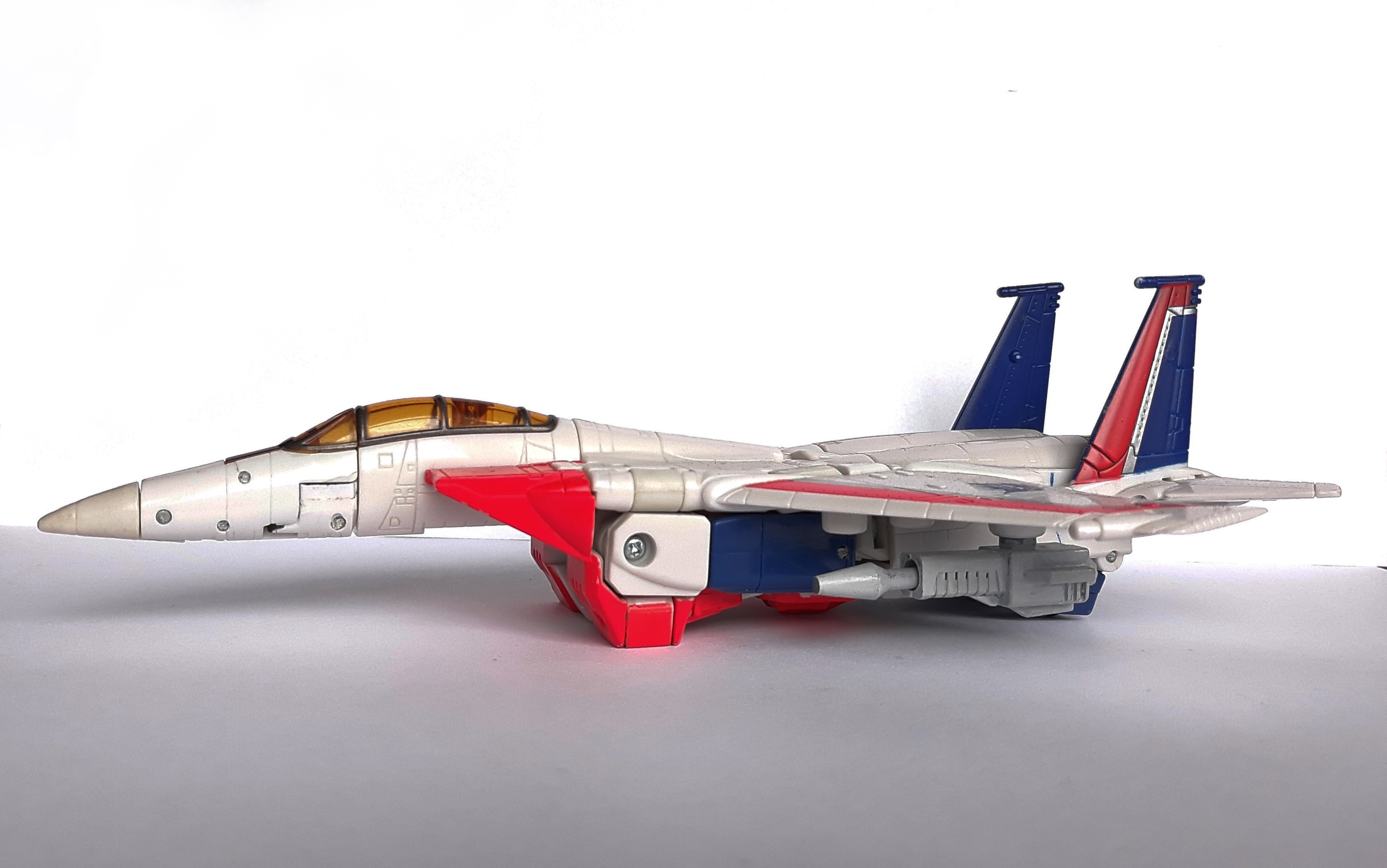 starscream jet.jpg Download STL file Starscream Retractable Null Rays • 3D printer object, CyrylXI