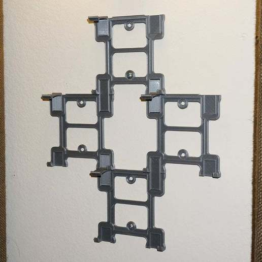 DSC03975.JPG Download free STL file Modular SNES Game Wall Hangers (Super Nintendo) UPDATED 2015-08-24 • 3D printing object, tonyyoungblood