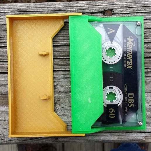 20150122_123019.jpg Download free STL file Cassette Tape Case / Holder • 3D printable model, tonyyoungblood