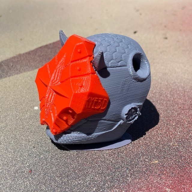 image0 (6).jpeg Download free STL file Onyx VR Pendant  • 3D printable design, KYE3D