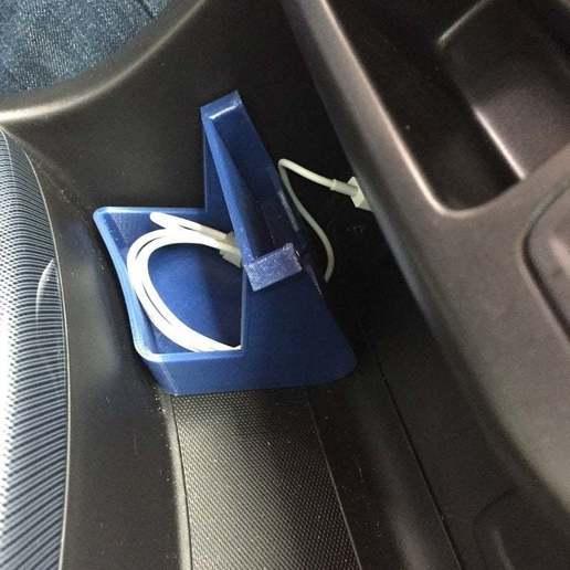 Télécharger fichier 3D gratuit Chevy Colorado (g2) Apple CarPlay Phone Holder, LilMikey