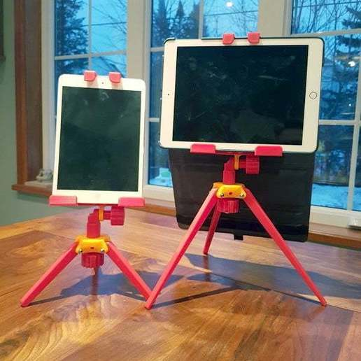 iPadSupport_2.jpg Download free STL file iPad Tripod Support for TikTok Kids • 3D printable template, michelj