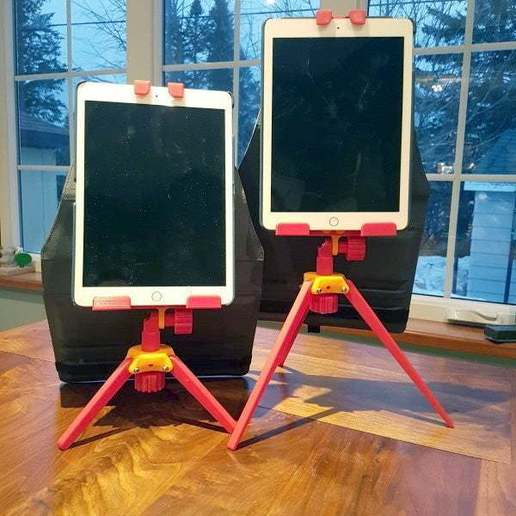 iPadSupport_1.jpg Download free STL file iPad Tripod Support for TikTok Kids • 3D printable template, michelj