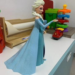 Download free STL file Elsa From Frozen Free Kids Toy Beautiful Princess • 3D print template, samlyn696