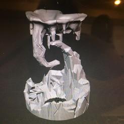 IMG_0266.jpg Télécharger fichier STL Fontaine d'eau flottante sur une île • Objet à imprimer en 3D, brandthebird