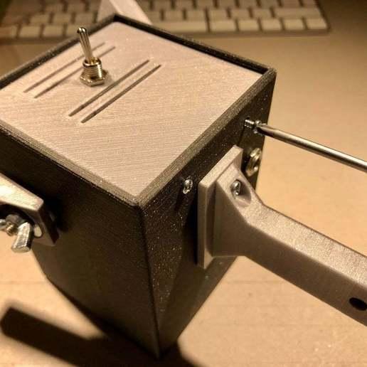 IMG_0782.jpeg Download free STL file PLAzzy Lamp (Dog), LED 12V 2.5W • 3D printer model, Seabird