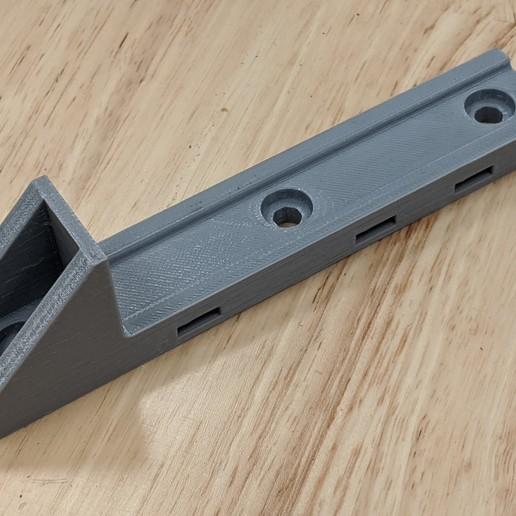 IMG_20200915_095453.jpg Télécharger fichier STL gratuit Porte-bouteille minimaliste de désinfectant pour les mains • Modèle imprimable en 3D, ThinkSolutions