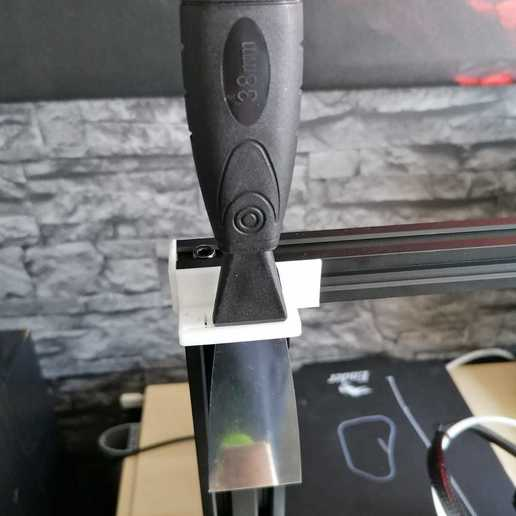 Download free 3D print files Ender 3/3Pro Spatula Holder (German/English Text available), segulaf