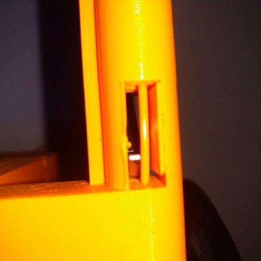 Télécharger fichier SCAD gratuit Porte-bobine externe pour Flashforge Finder avec capteur de fonctionnement • Modèle à imprimer en 3D, cavac