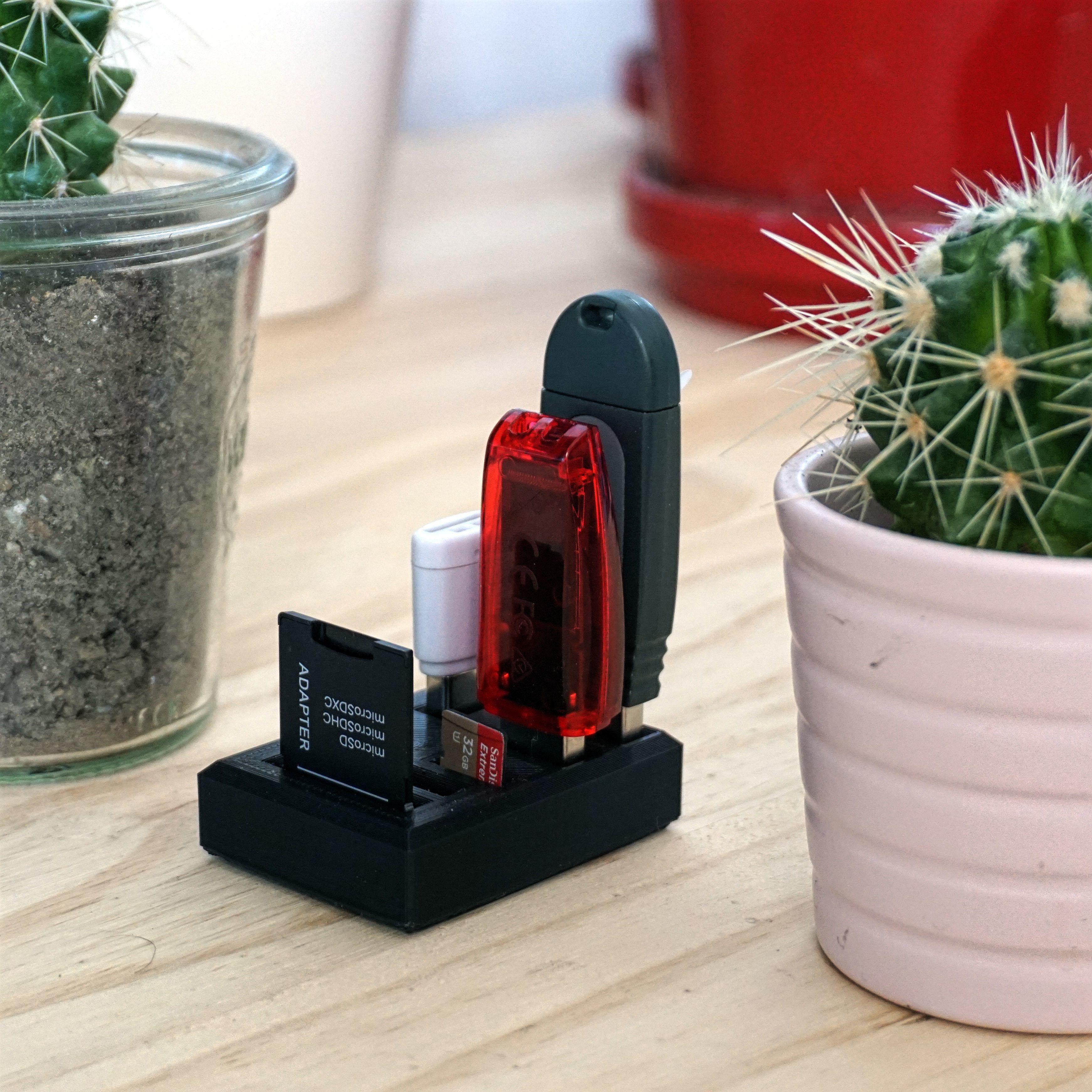 Modéle 1.jpg Download free STL file MINI HOLDER - USB • 3D printing model, Bobypeche