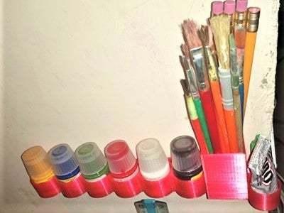 92721472_228394478541489_4653806891548278784_n.jpg Download free STL file Paint Bottle Brush Holder with Super Glue and Tube Glue attachments • 3D print model, Mrdwgraf