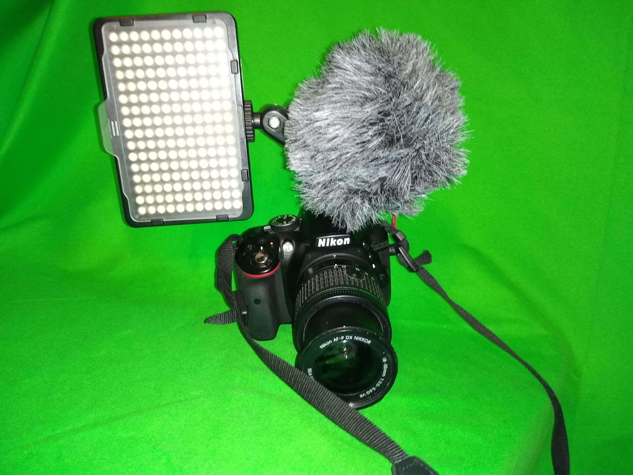 93519509_2585331675083718_2649112566629924864_n.jpg Télécharger fichier STL gratuit Adaptateur de rallonge double Hotshoe, idéal pour les micros Rode et les appareils photo DSLR Lumière pour la vidéo Nikon, Canon etc. • Plan à imprimer en 3D, Mrdwgraf