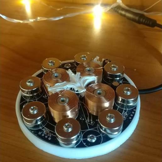 IMG_20190318_171748.jpg Télécharger fichier STL gratuit Mini jardinière flottante • Modèle pour imprimante 3D, Ananords