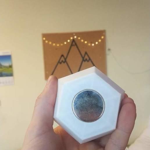 IMG_20190318_171726.jpg Télécharger fichier STL gratuit Mini jardinière flottante • Modèle pour imprimante 3D, Ananords