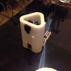Télécharger objet 3D gratuit Adaptateur pour le remplacement de l'accumulateur d'un tournevis par un bloc d'alimentation de 12 volts, tigorlab