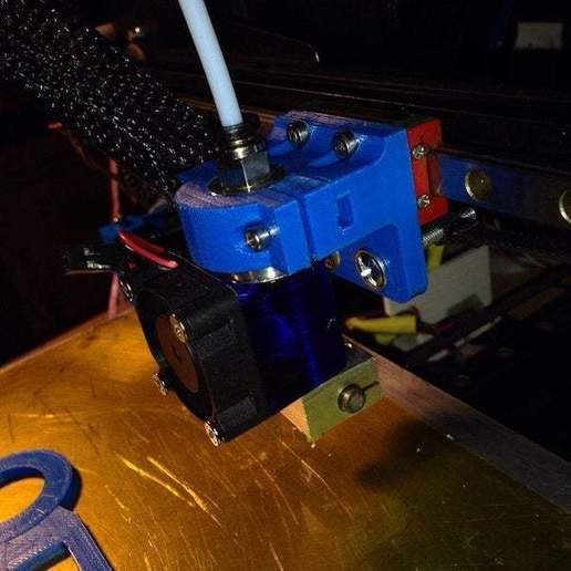 lUKj2Cpr190[1.jpg Download free STL file Holder for e3d v6 hotend to MGN9H carrier • Design to 3D print, tigorlab