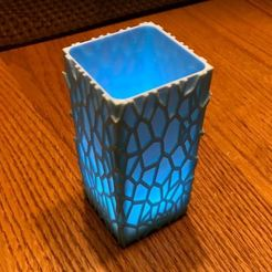 SqVaseVoroni1.JPG Download STL file Lantern Square Vase Voronoi surface  • 3D printer model, timzebra