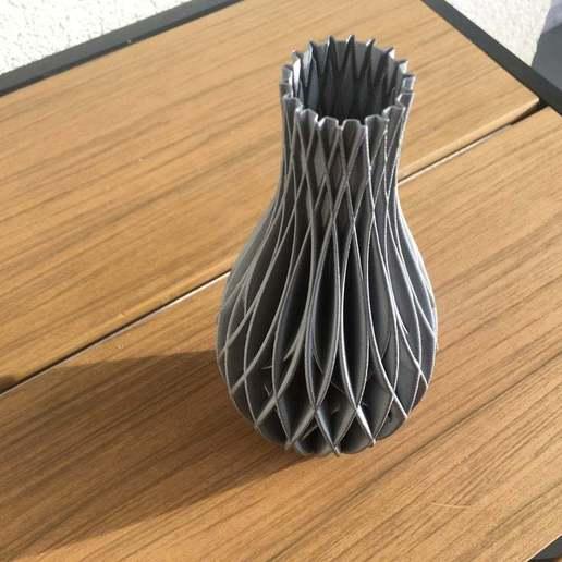 Download free STL file Spiral Vase - Wave decor, Nosekdesign