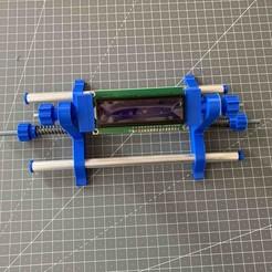 TroisiemeMain3.jpg Télécharger fichier STL gratuit Troisième main : Support pour souder les circuits imprimés • Modèle imprimable en 3D, Stuck69
