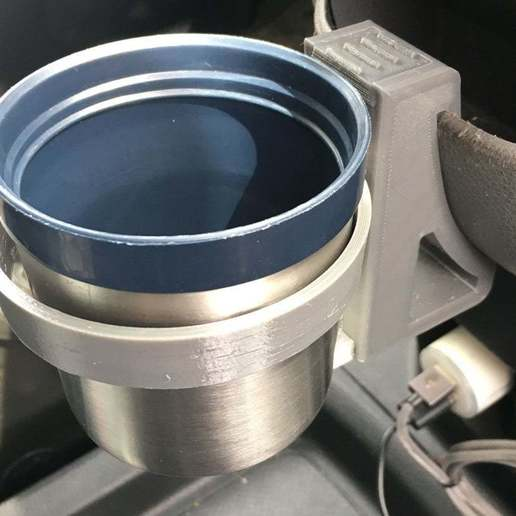 CH_iso_cup.jpg Download free STL file Cup Holder for Nissan NV200 • 3D printing design, moXDesigns