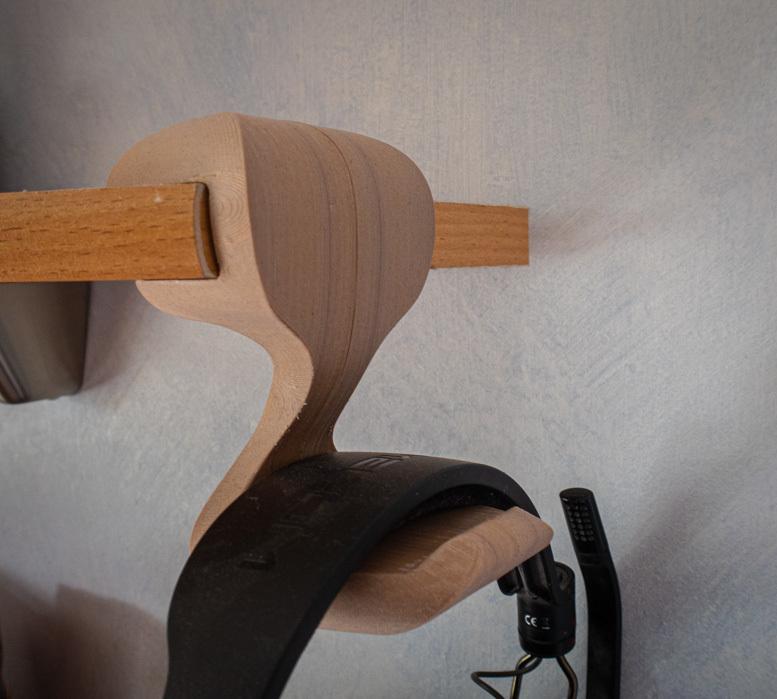"""woodPLA iso.JPG Download free STL file """"Cobra"""" Headphone Hook • 3D printable design, moXDesigns"""