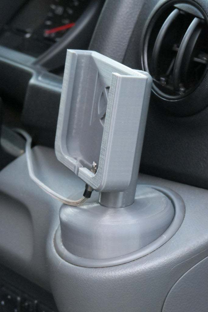 IMG_2325.JPG Download free STL file iPhone Holder for Nissan NV200 • 3D printing model, moXDesigns