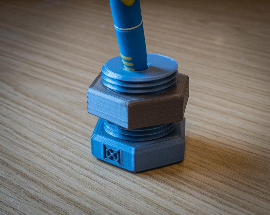 close.JPG Download free STL file Nut & Bolt Craft Knife Block • 3D print template, moXDesigns