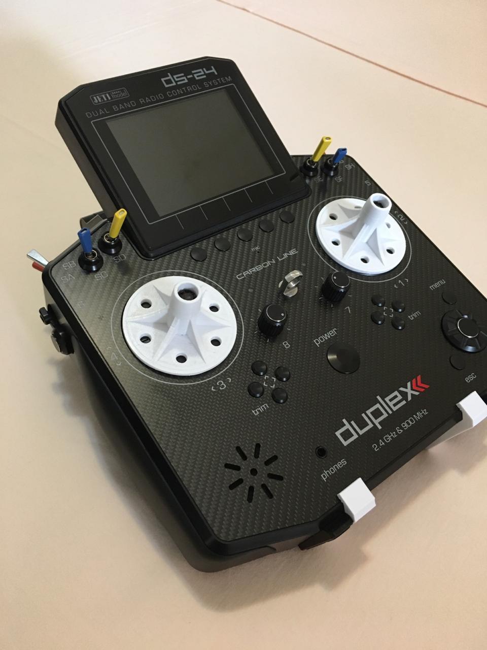 Image 2020-05-22 at 10.06.52.jpeg Télécharger fichier STL gratuit Radio Jeti Duplex - ds 24 stand • Modèle pour imprimante 3D, rudrigomaciel