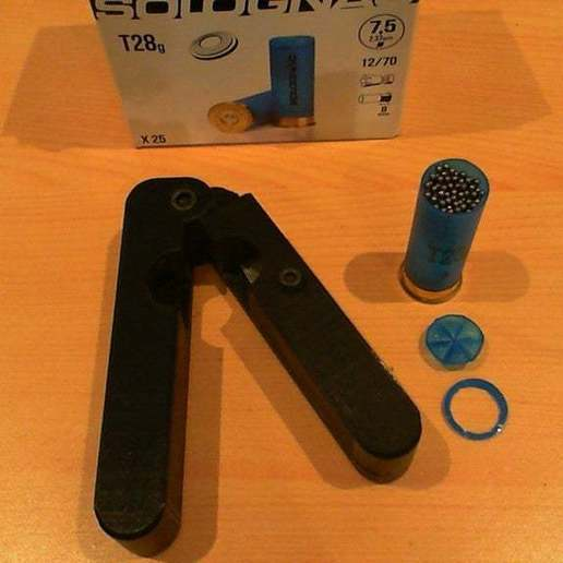 Download free STL file 12 gauge cartridge opener • Template to 3D print, hari_seldon