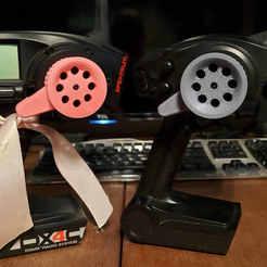 DX4C-DX2E-Thumb Steer-1.jpg Télécharger fichier STL Volant de direction pour DX4C & DX2E (Spektrum) • Objet pour impression 3D, 10thScaleAdventures