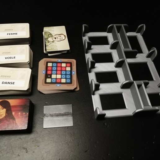 IMG_20201122_075433_resized_20201122_075911064.jpg Download free STL file Storage box for board game Code Names • 3D printing model, fred90241