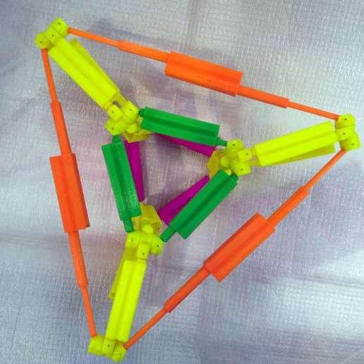 pic-20180127_125707_cr.jpg Télécharger fichier STL gratuit Hyperprisme triangulaire. • Objet pour imprimante 3D, SiberK