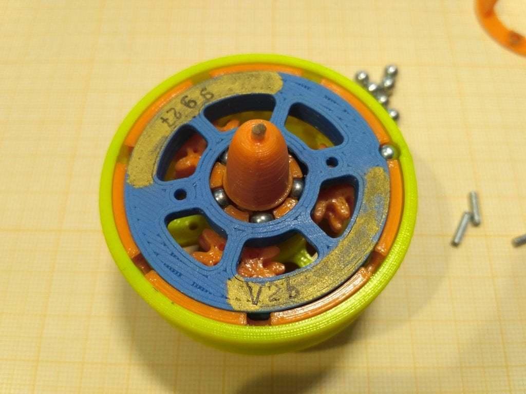 """pic-20190417_133518.jpg Télécharger fichier STL gratuit """"Toupie """"mécanique • Plan pour imprimante 3D, SiberK"""