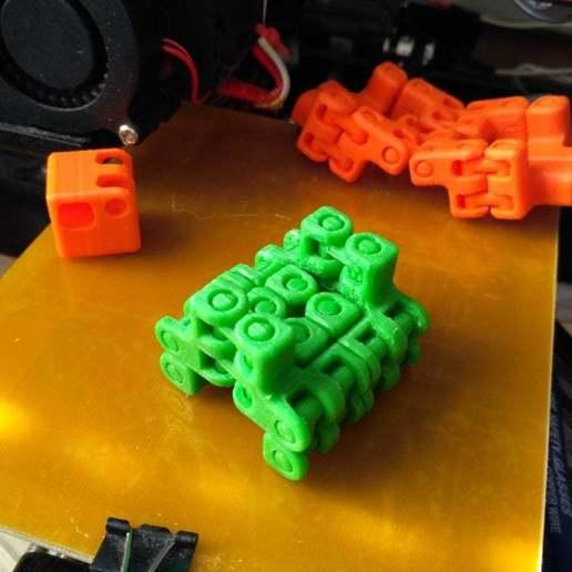 pic-20170410073125.jpg Télécharger fichier STL gratuit Kobayashy Fidget Cube Simplifié v3 • Objet à imprimer en 3D, SiberK