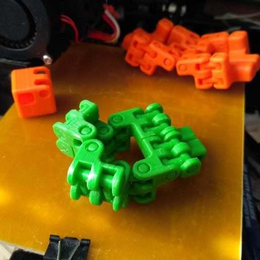 pic-20170410073151.jpg Télécharger fichier STL gratuit Kobayashy Fidget Cube Simplifié v3 • Objet à imprimer en 3D, SiberK