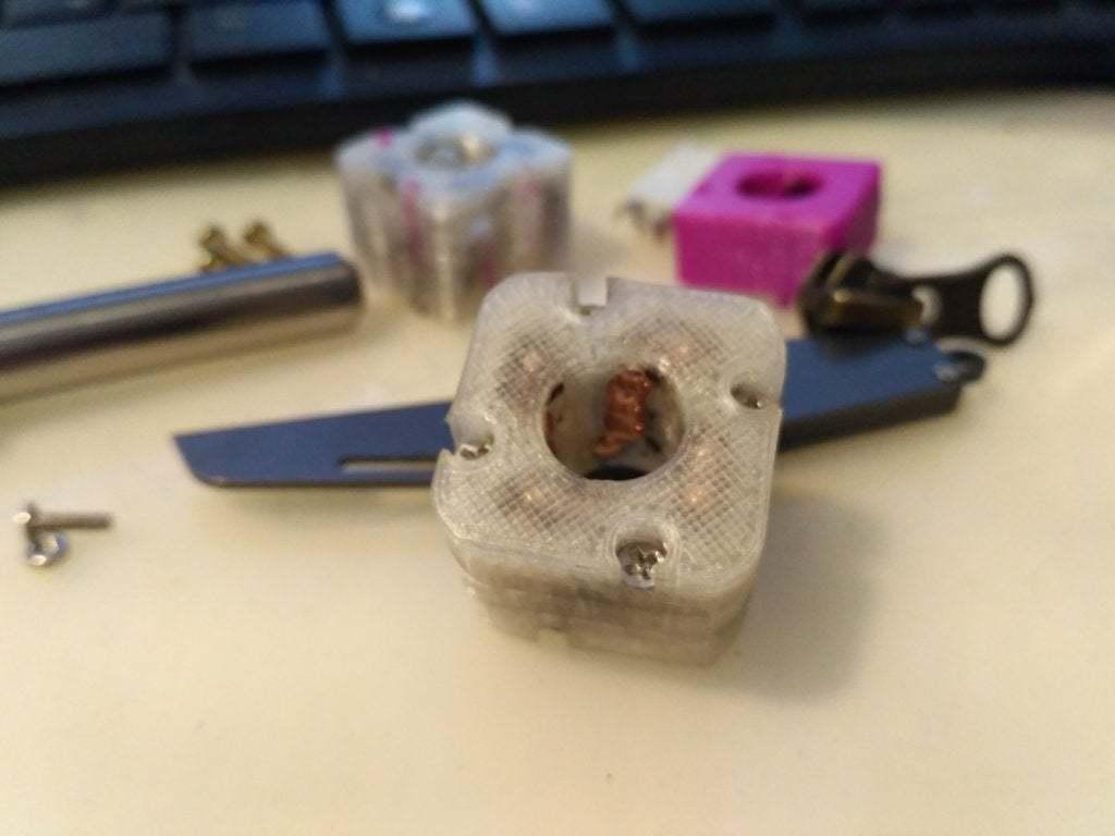 pic-20180406_180540.jpg Télécharger fichier STL gratuit Roulement linéaire à recirculation de billes 10mm • Modèle pour imprimante 3D, SiberK