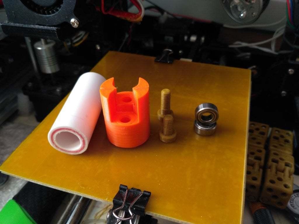 pic-20170406104215.jpg Télécharger fichier STL gratuit coupe-bouteilles en plastique avec roulements • Plan pour imprimante 3D, SiberK