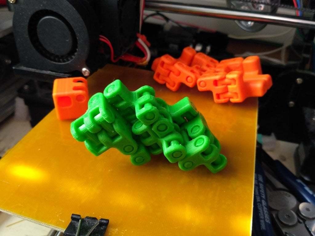 pic-20170410073038.jpg Télécharger fichier STL gratuit Kobayashy Fidget Cube Simplifié v3 • Objet à imprimer en 3D, SiberK