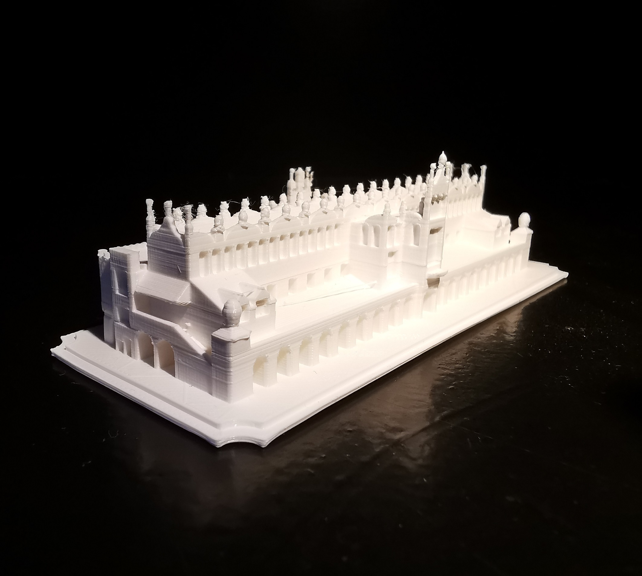 Sukiennice_02.jpg Download STL file Sukiennice - Kraków Cloth Hall • 3D printable design, eAgent